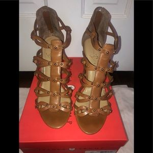 Size 9 brown leather sandals